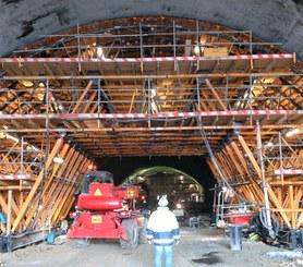 Túnel Águas Santas, Oporto, Portugal